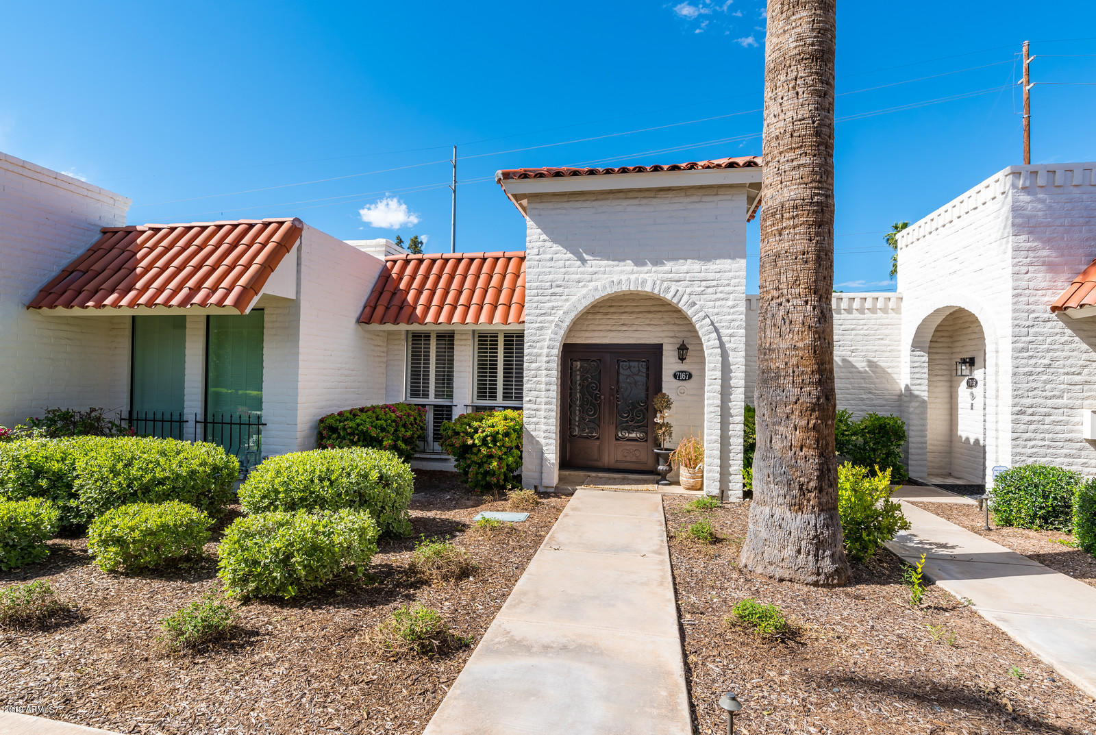 Paradise Valley Real Estate Homes For Sale | realtyonegroup com