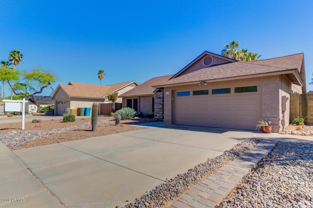4331 E GREENWAY Lane, Phoenix AZ 85032