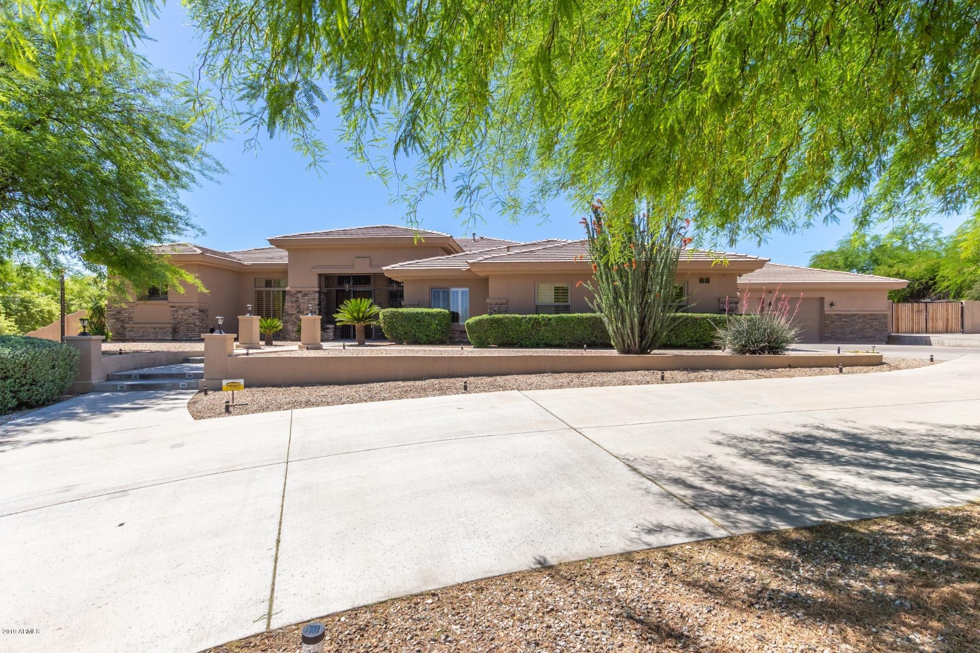 Photo of 12721 W SOLANO Drive, Litchfield Park, AZ 85340
