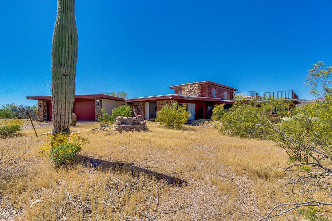 Photo of 2228 N GOLDFIELD Road, Apache Junction, AZ 85119