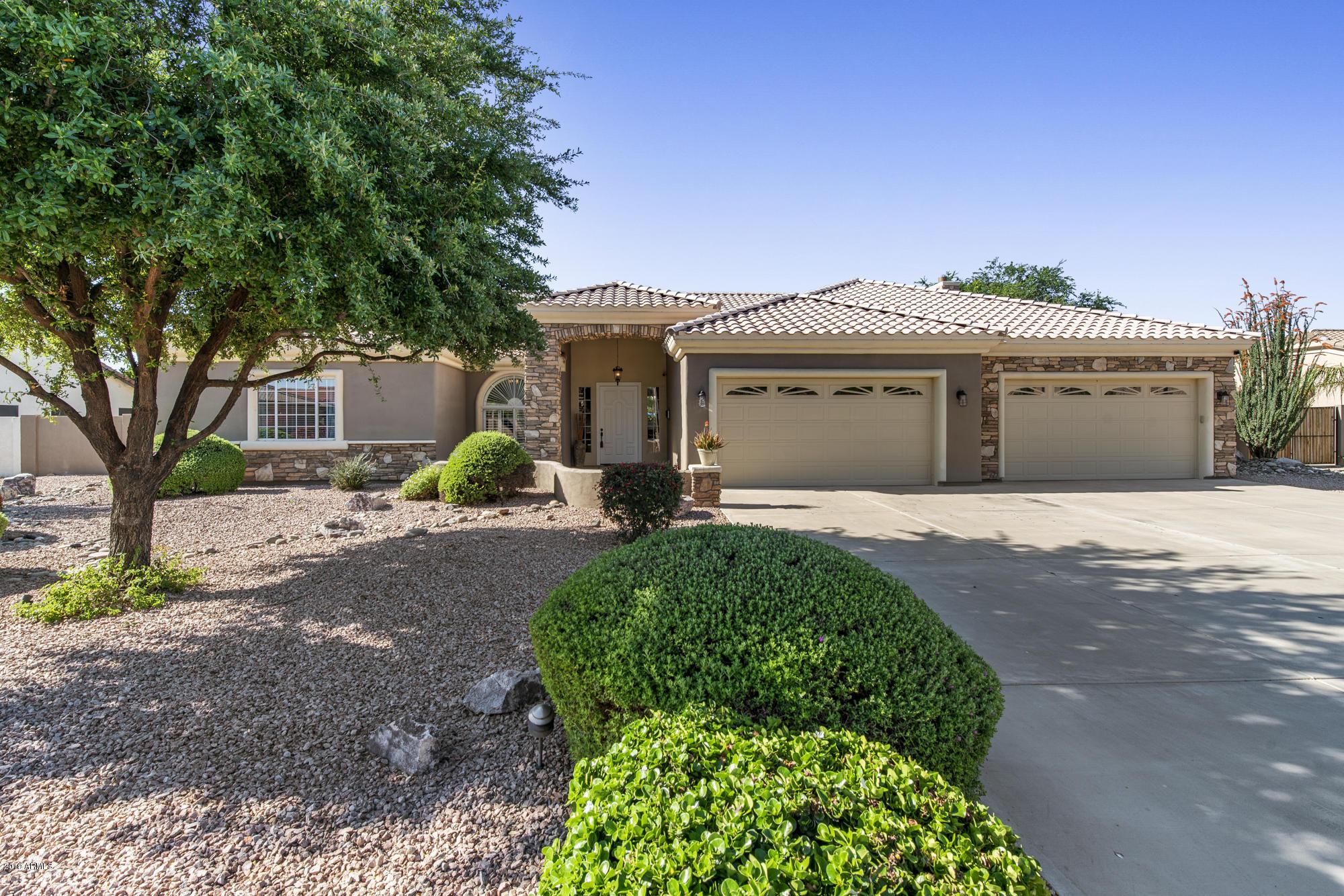 Photo of 8215 W PLANADA Lane, Peoria, AZ 85383