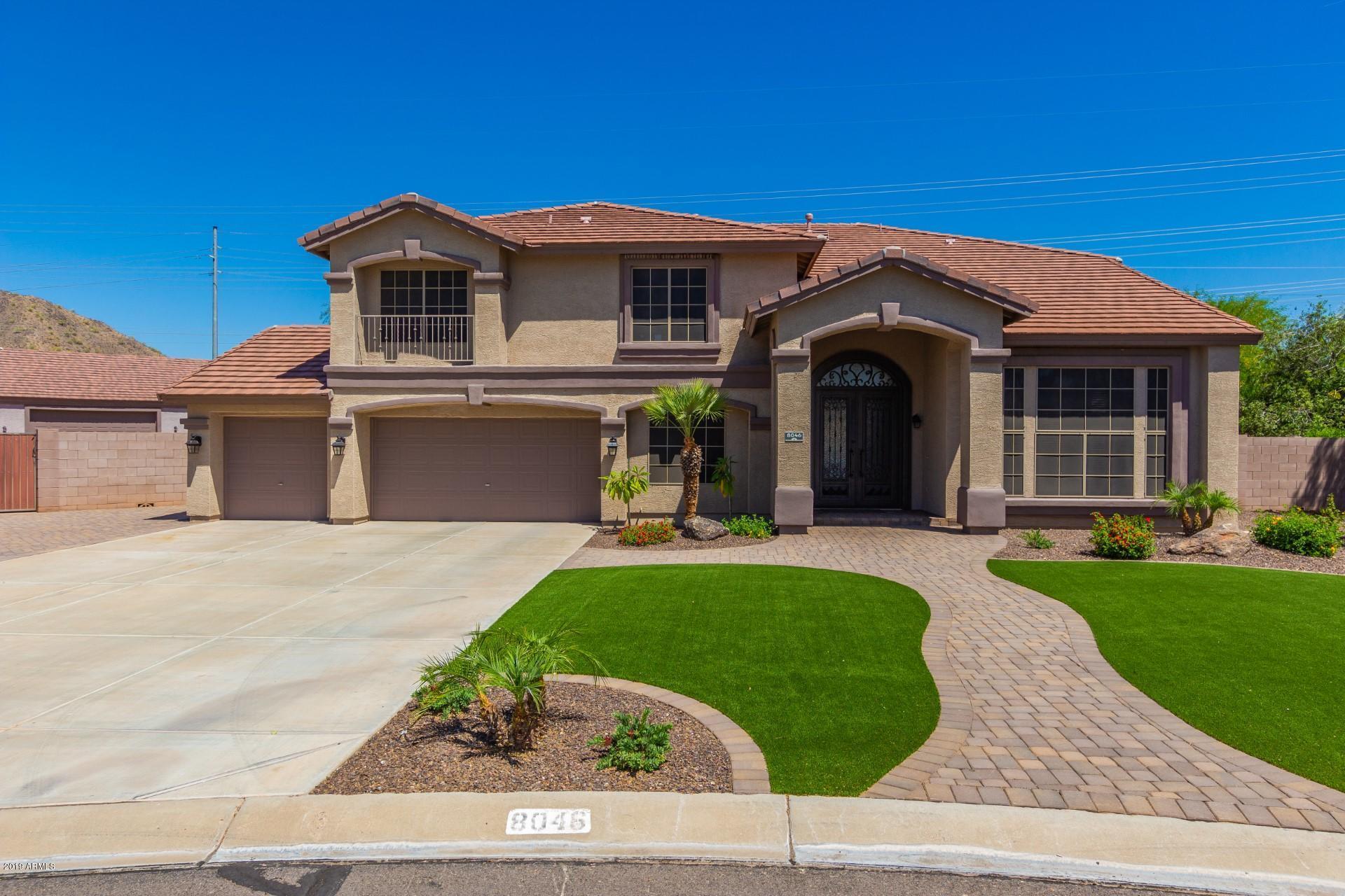 Photo of 8046 W EMORY Lane, Peoria, AZ 85383