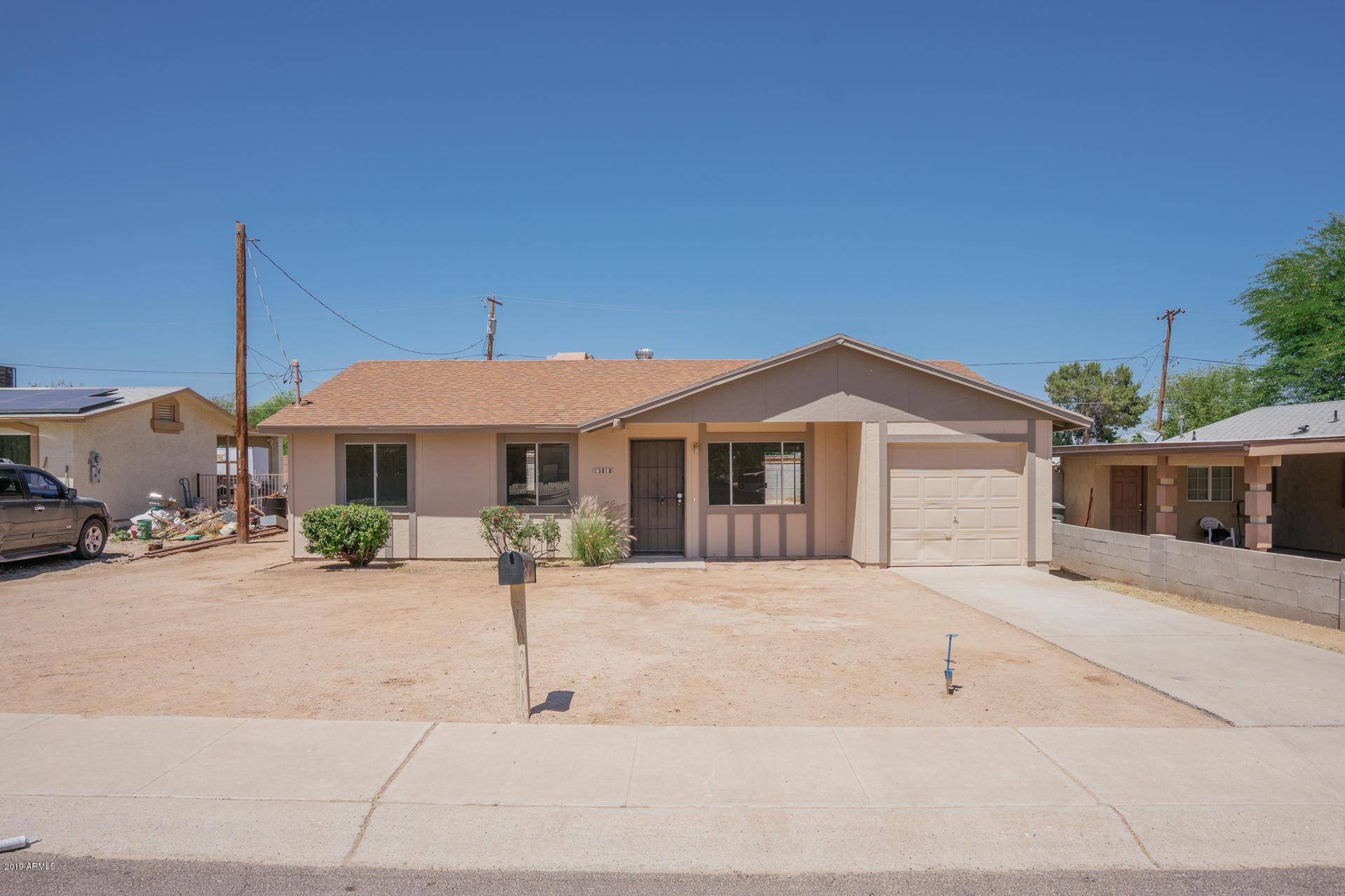 Photo of 13818 W MARLETTE Avenue, Litchfield Park, AZ 85340