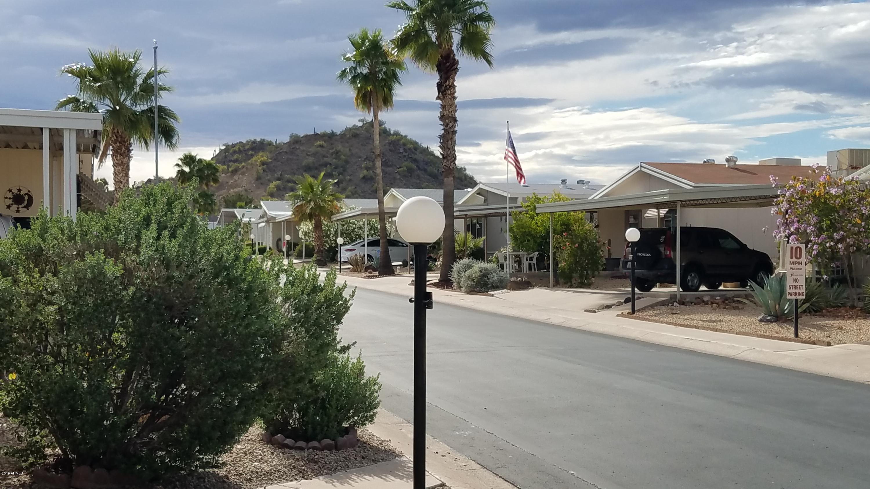 Photo of 2233 E BEHREND Drive #114, Phoenix, AZ 85024