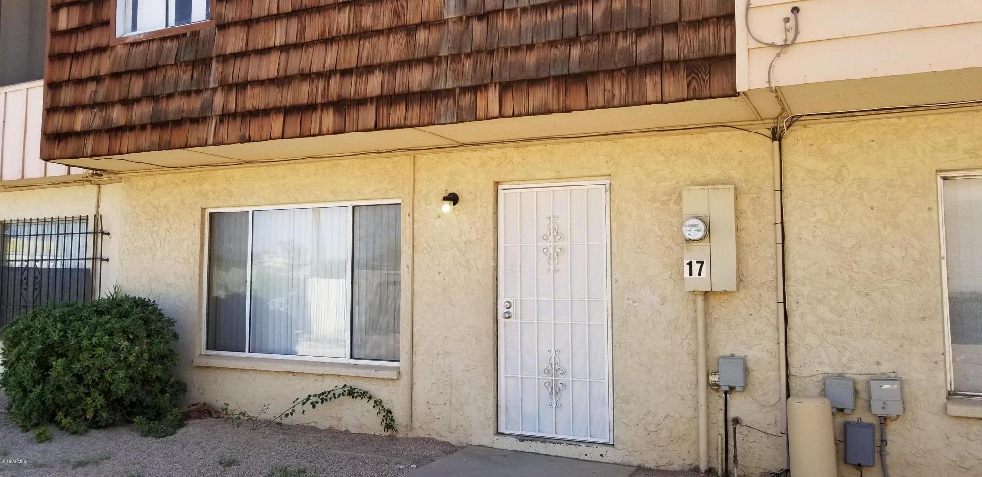 Photo of 3605 W BETHANY HOME Road #17, Phoenix, AZ 85019