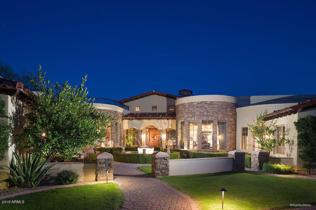 Photo of 6601 N WHITE WING Road, Paradise Valley, AZ 85253