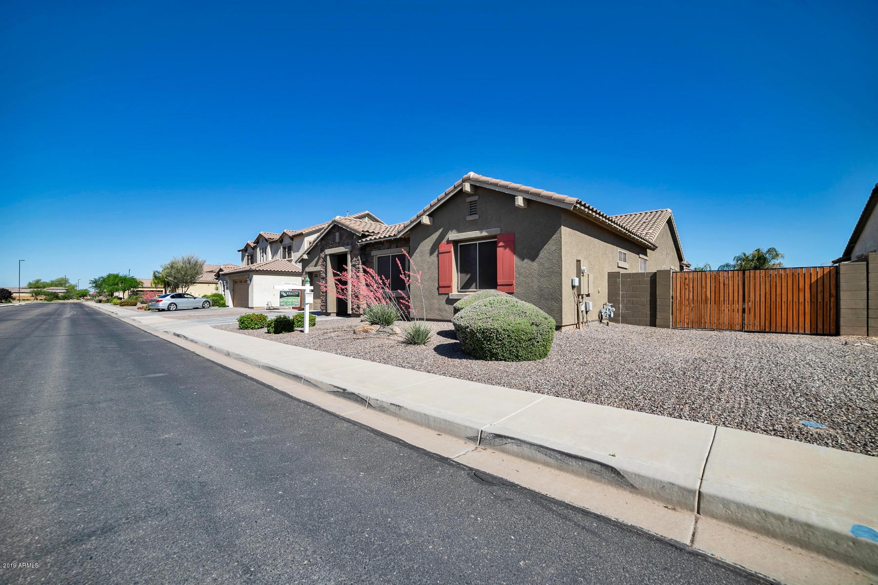 MLS 5915735 3074 E WARBLER Road, Gilbert, AZ 85297