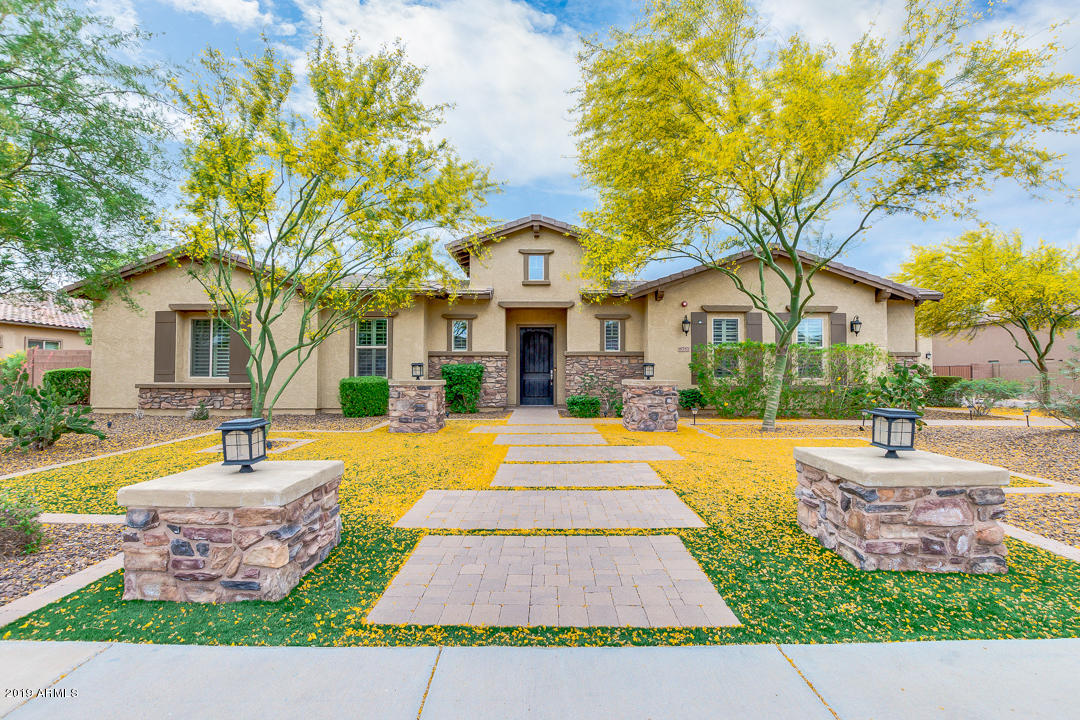 Photo of 8757 W VILLA LINDO Drive, Peoria, AZ 85383