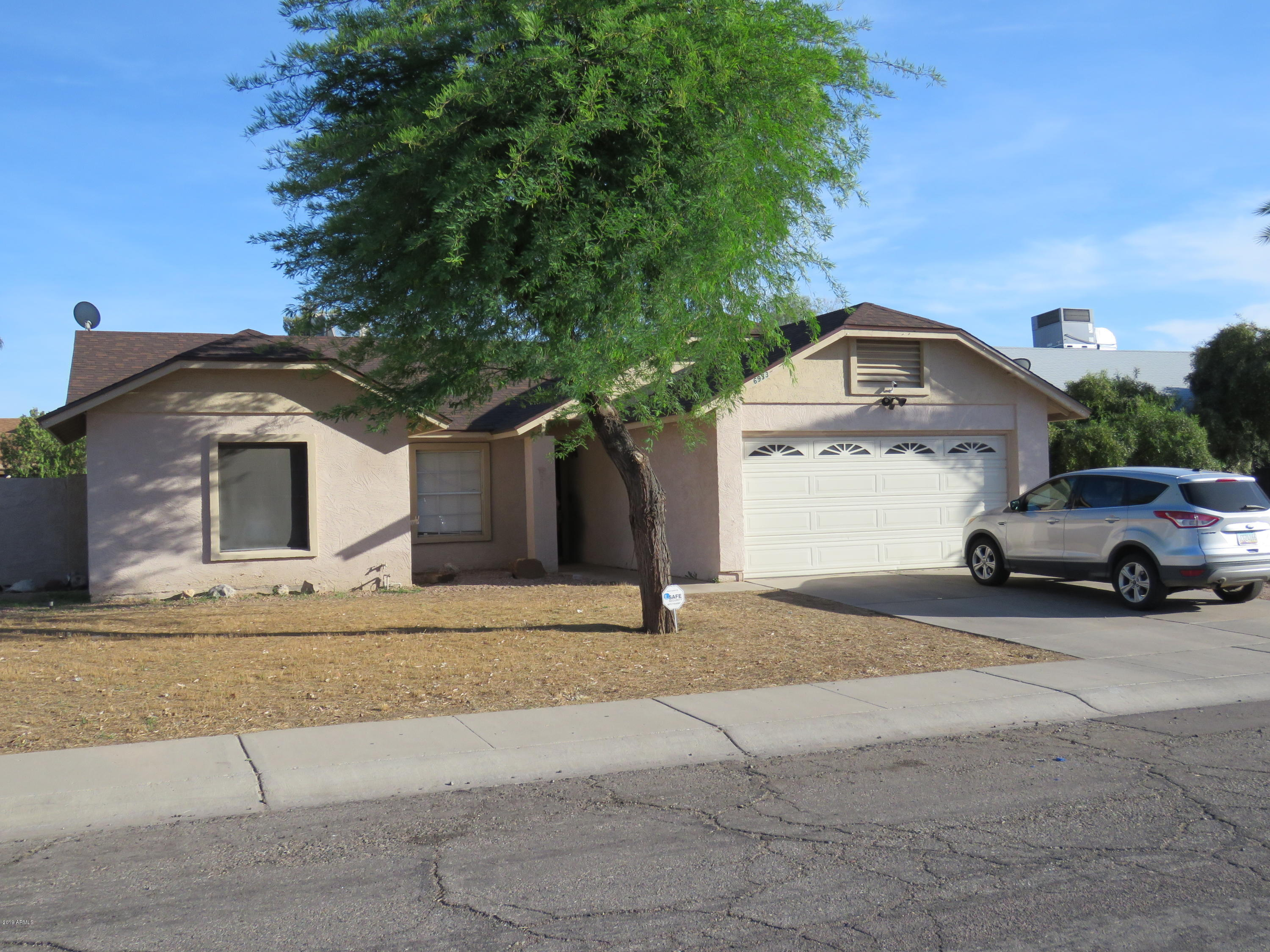 Photo of 6933 W MCLELLAN Road, Glendale, AZ 85303