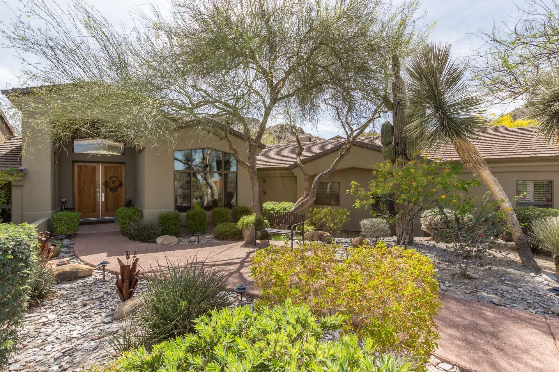 Photo of 2329 E HATCHER Road, Phoenix, AZ 85028