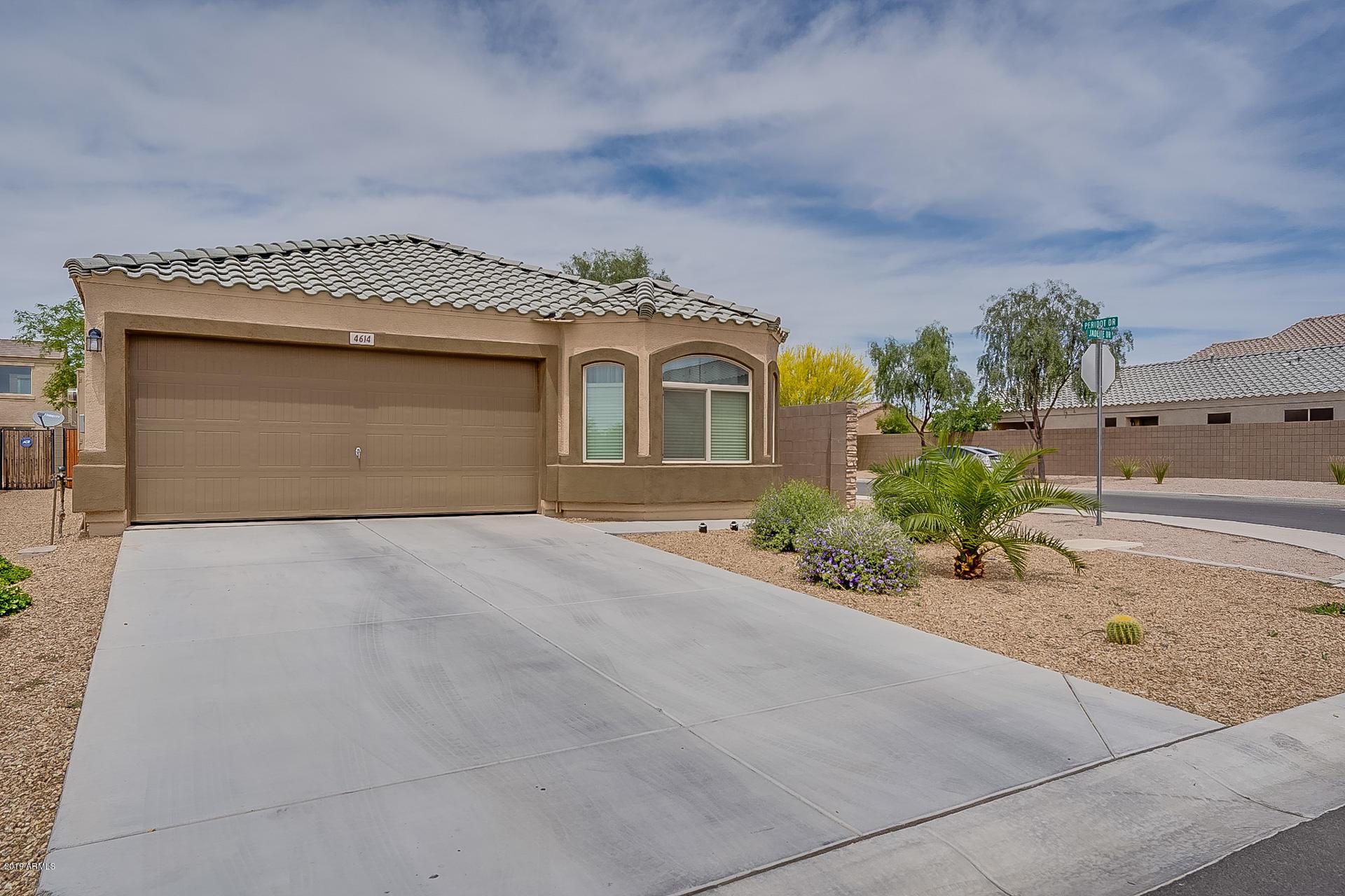 Photo of 4614 E JADEITE Drive, San Tan Valley, AZ 85143