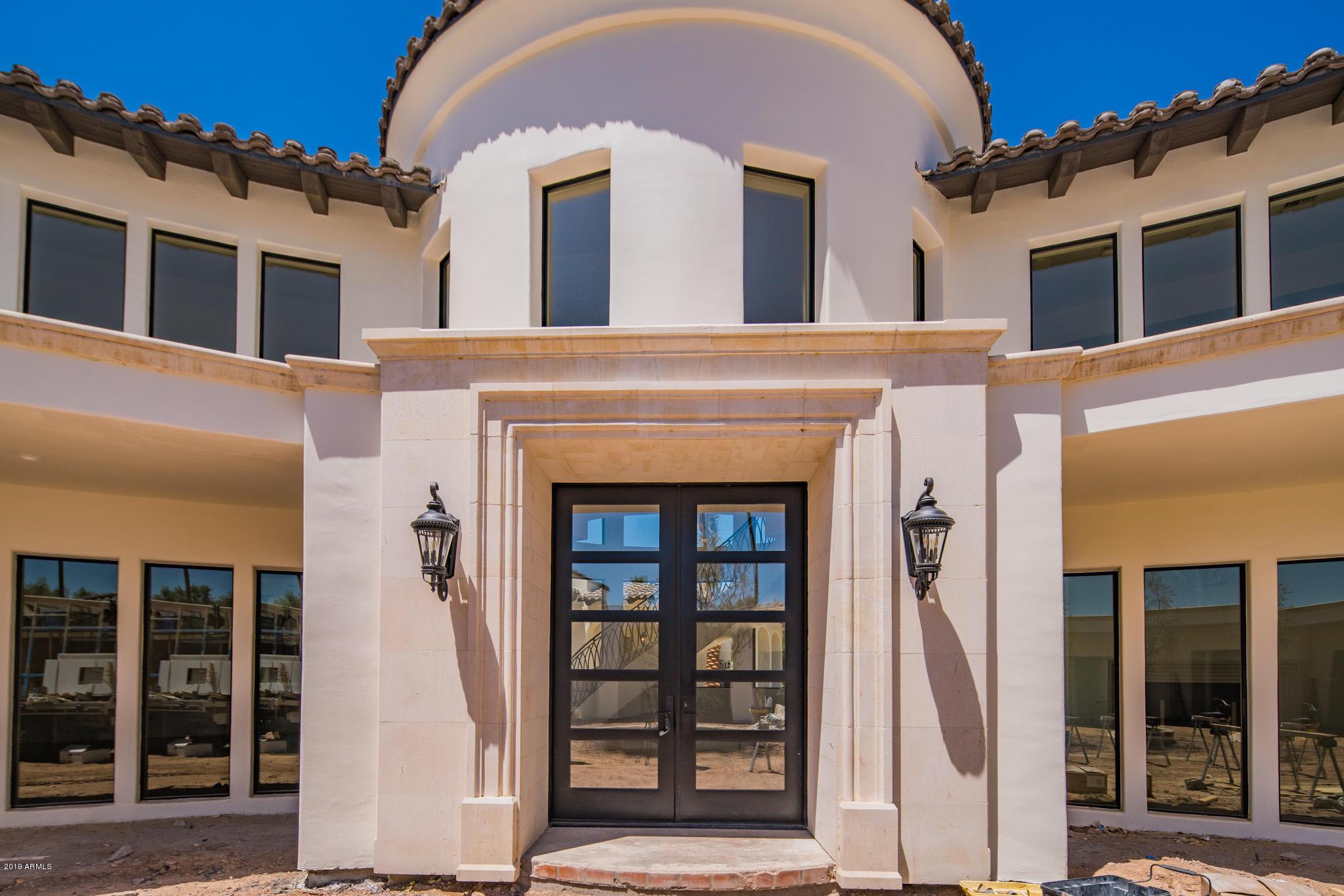 Photo of 6010 E NAUMANN Drive, Paradise Valley, AZ 85253