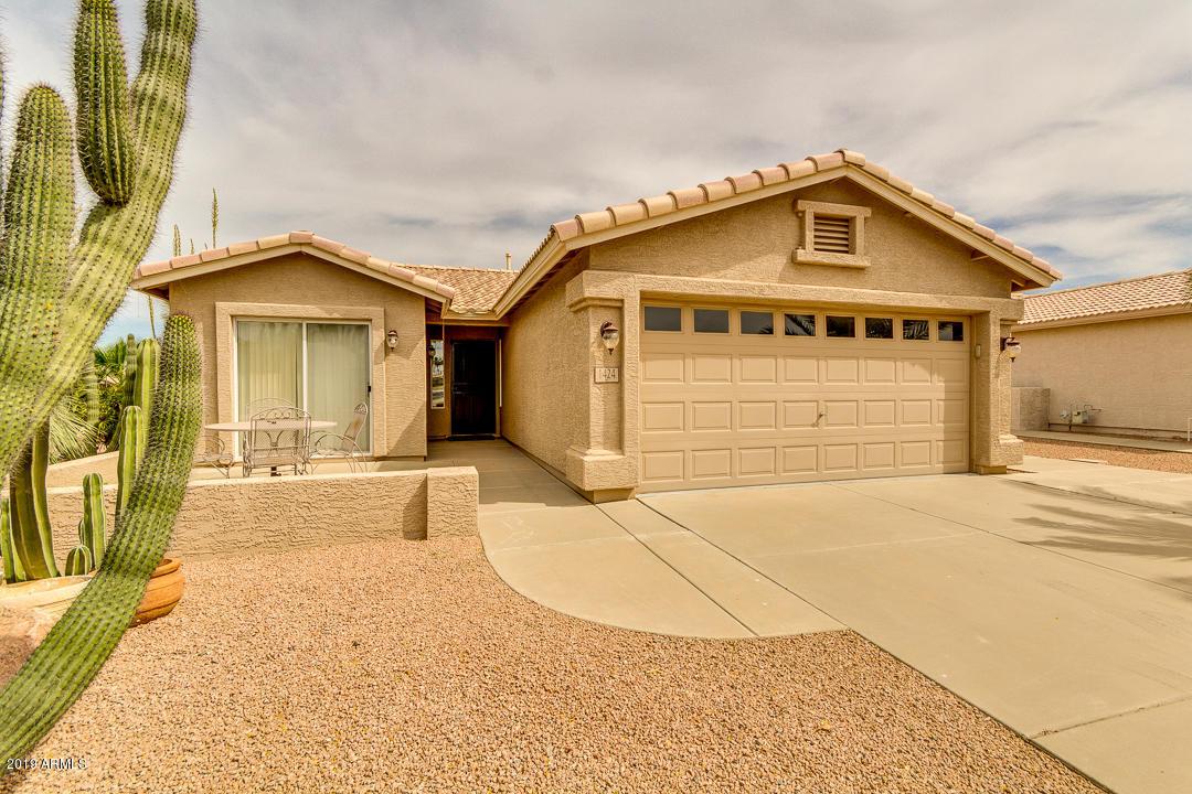 Photo of 1424 E RIVIERA Drive, Chandler, AZ 85249