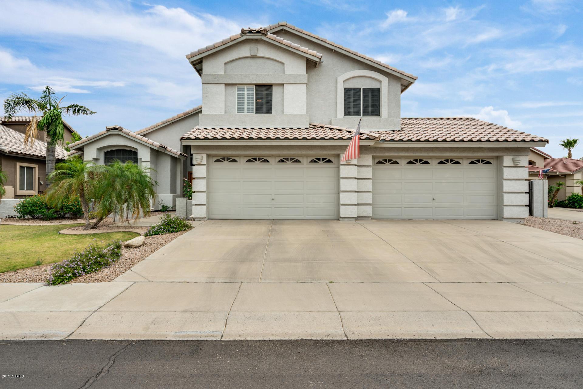 Photo of 5217 W LONE CACTUS Drive, Glendale, AZ 85308