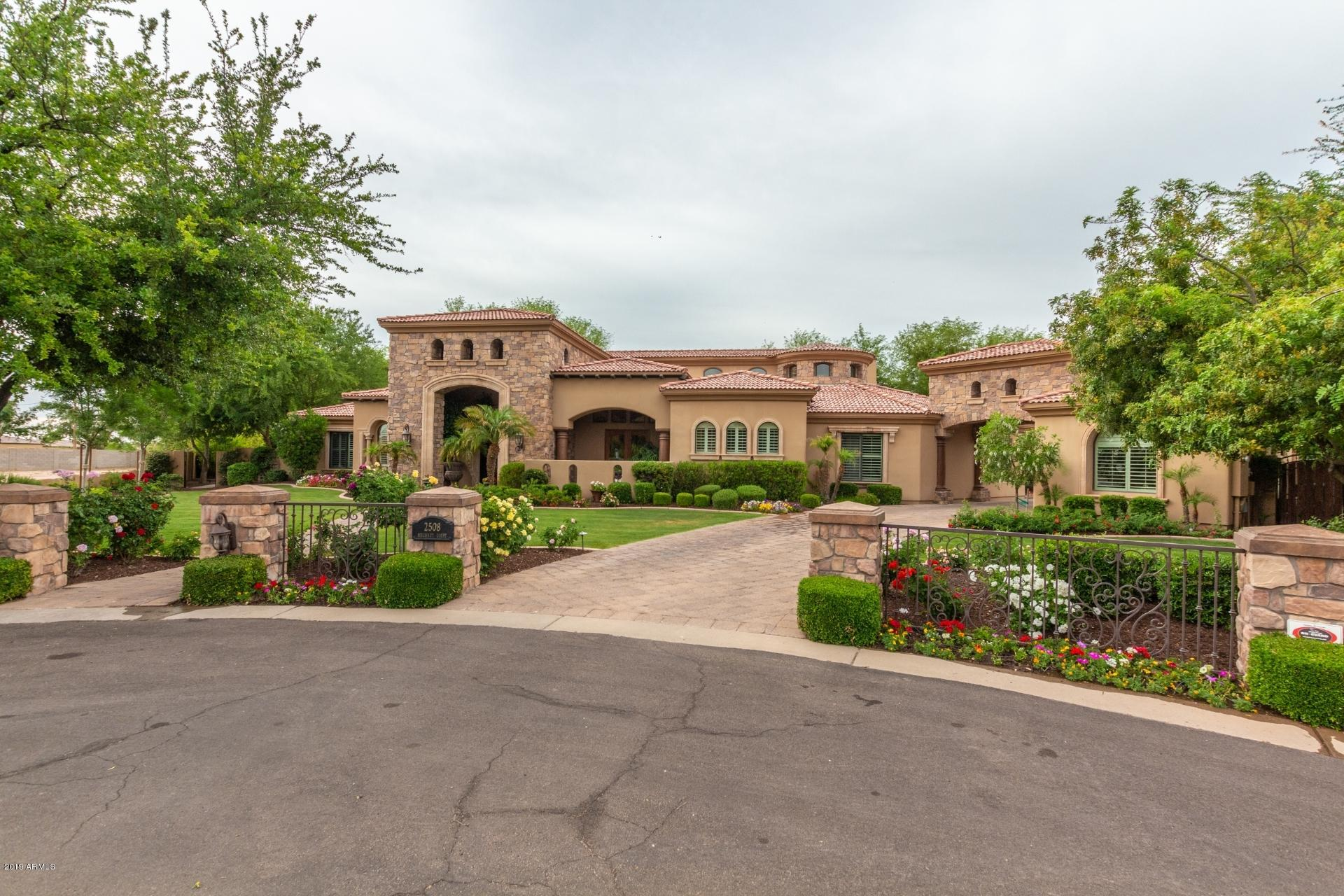Photo of 2508 E Beechnut Court, Chandler, AZ 85249