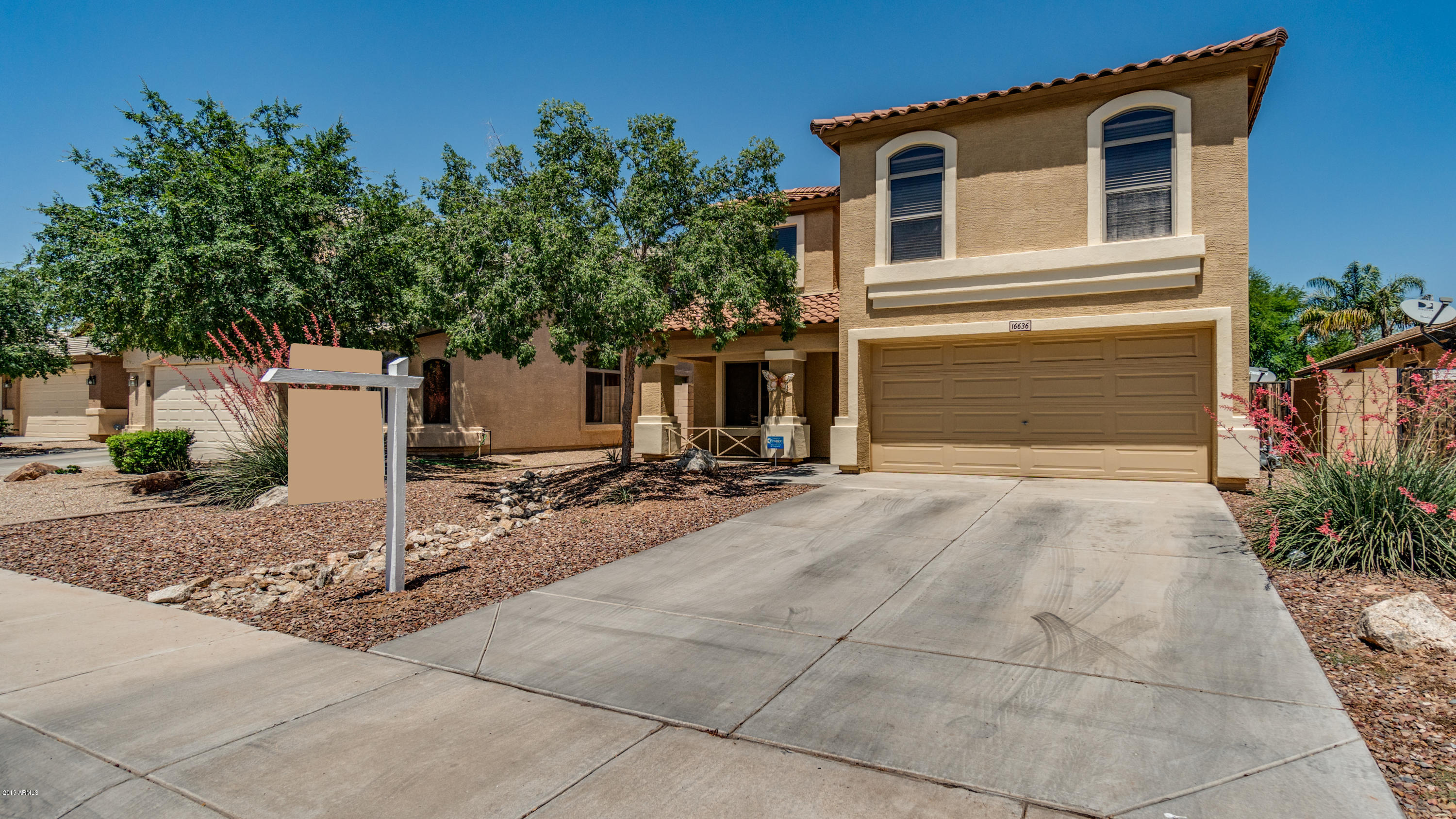 Photo of 16636 W IRONWOOD Street, Surprise, AZ 85388