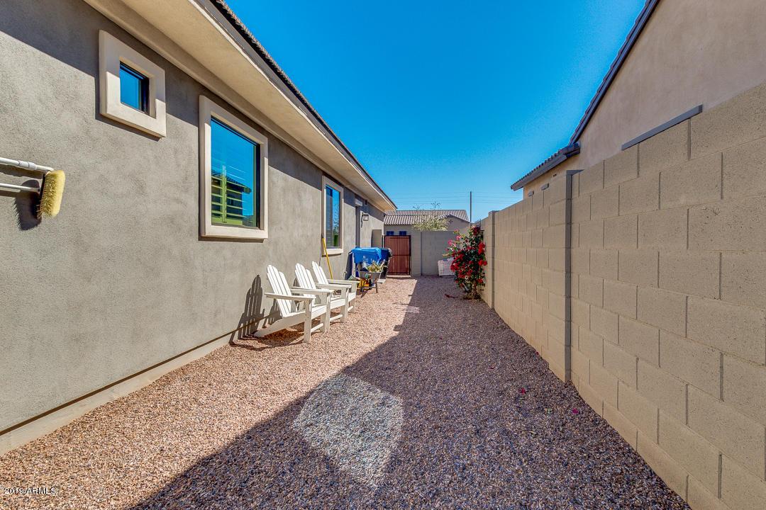 MLS 5922189 2526 E RAVENSWOOD Drive, Gilbert, AZ 85298 3 Bedroom Homes