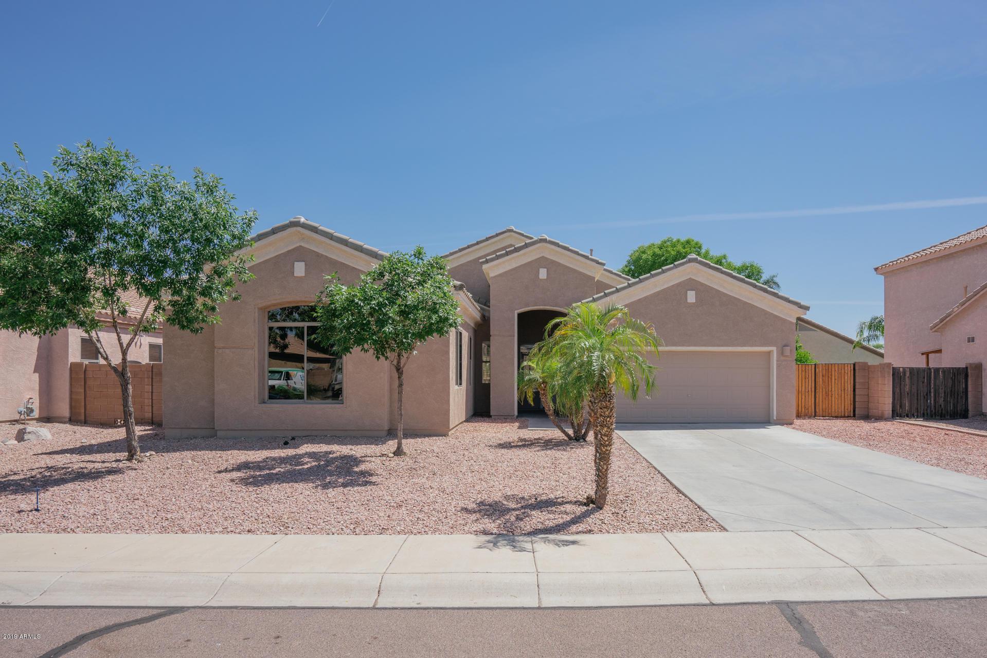 Photo of 9443 W MELINDA Lane, Peoria, AZ 85382