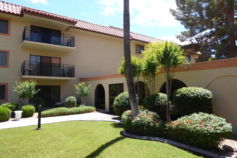 MLS 5921821 10330 W THUNDERBIRD Boulevard Unit C201, Sun City, AZ 85351