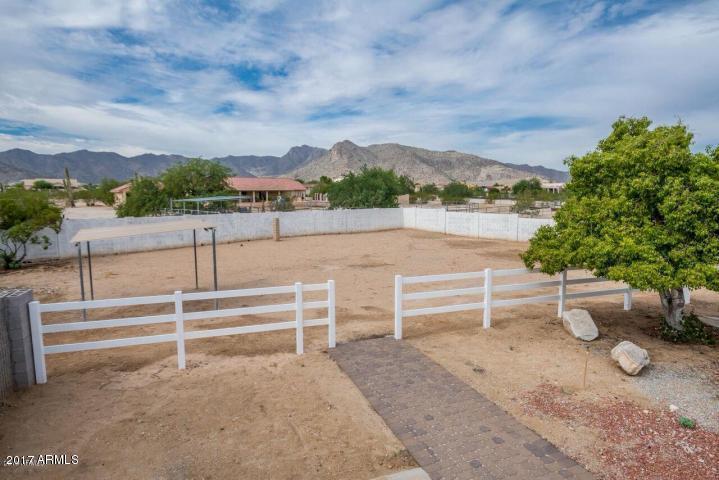 MLS 5922927 5202 N 200TH Avenue, Litchfield Park, AZ Litchfield Park Horse Property for Sale