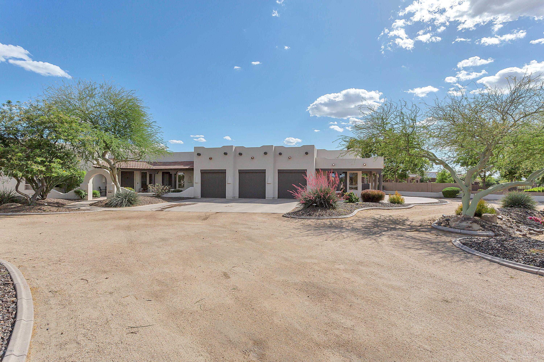 Photo of 6867 W Camino De Oro Road, Peoria, AZ 85383