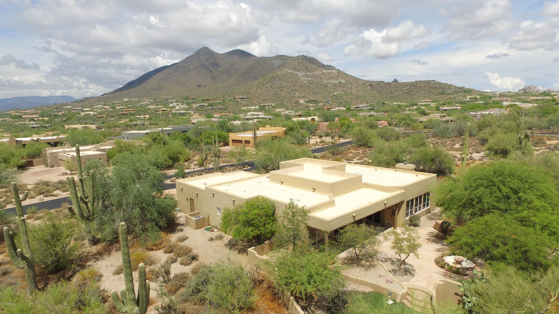 Photo of 5867 E CANOTIA Place, Carefree, AZ 85377