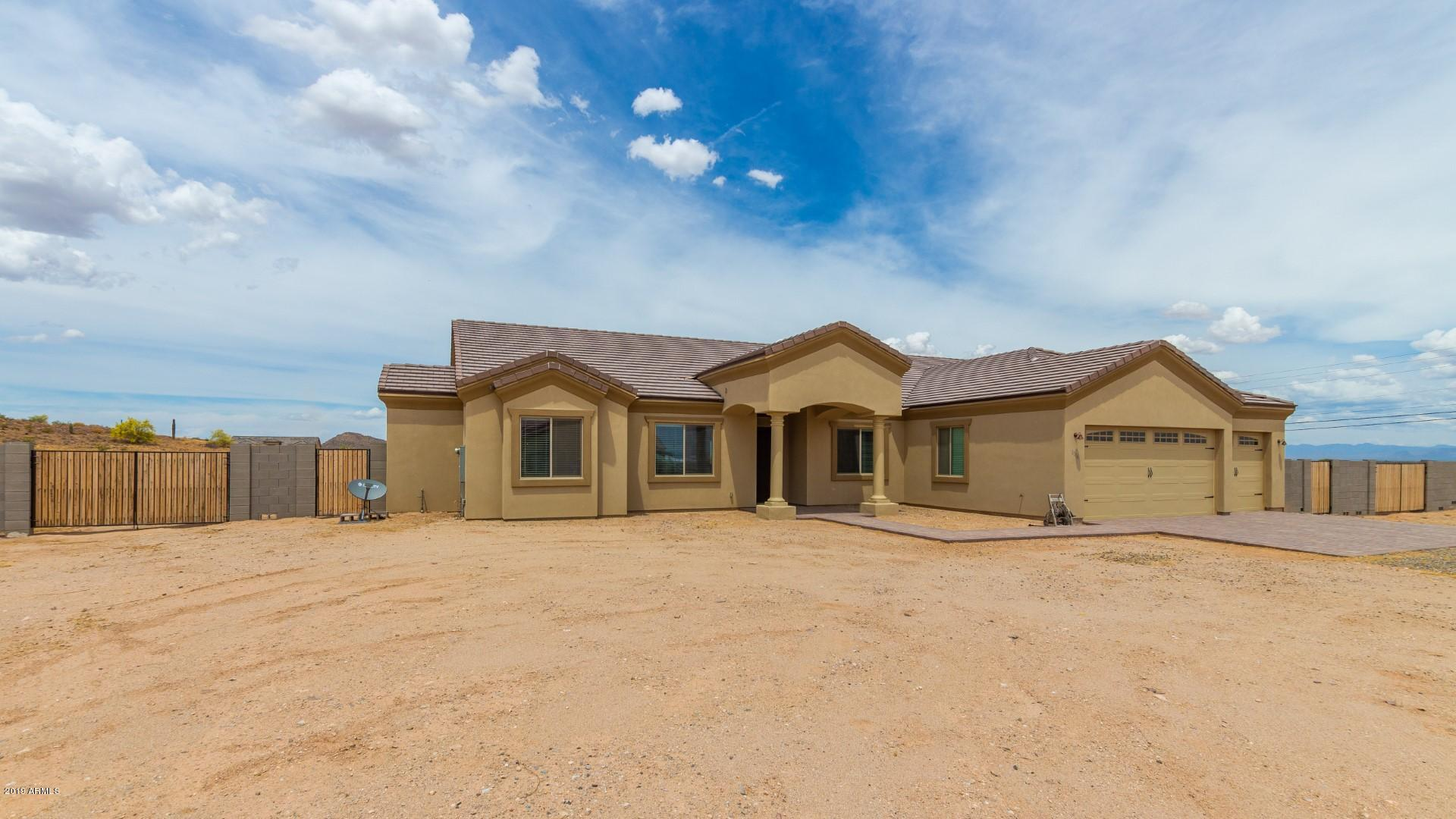 Photo of 1116 W Stellar Place, San Tan Valley, AZ 85142