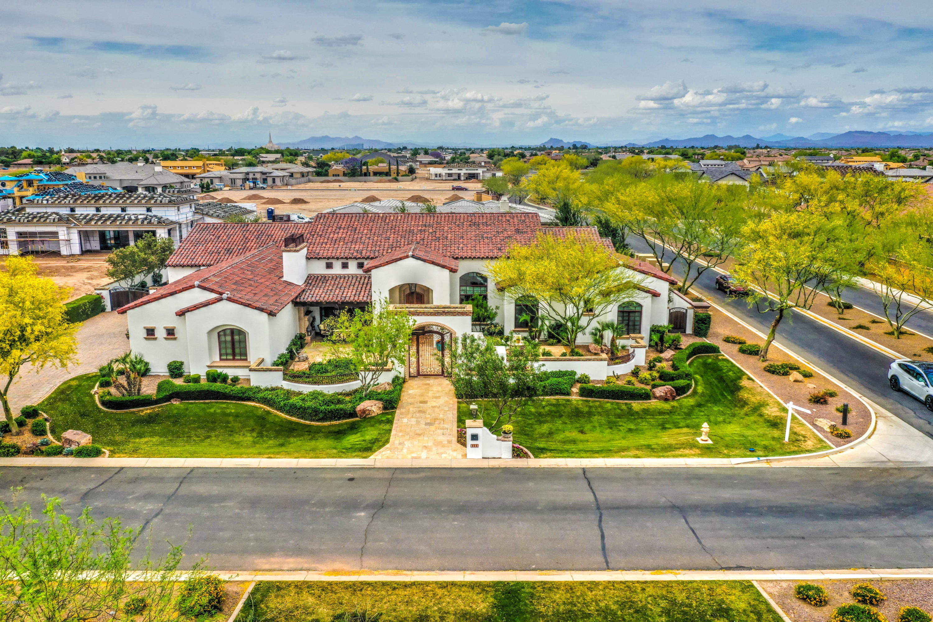 Photo of 2670 E LOVEBIRD Lane, Gilbert, AZ 85297