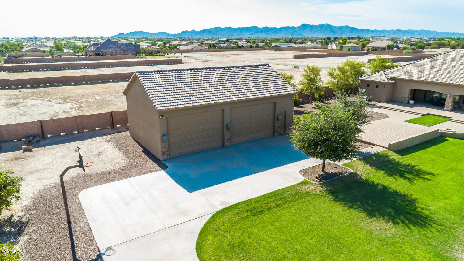 16625 W MOHAVE Street Photo 28
