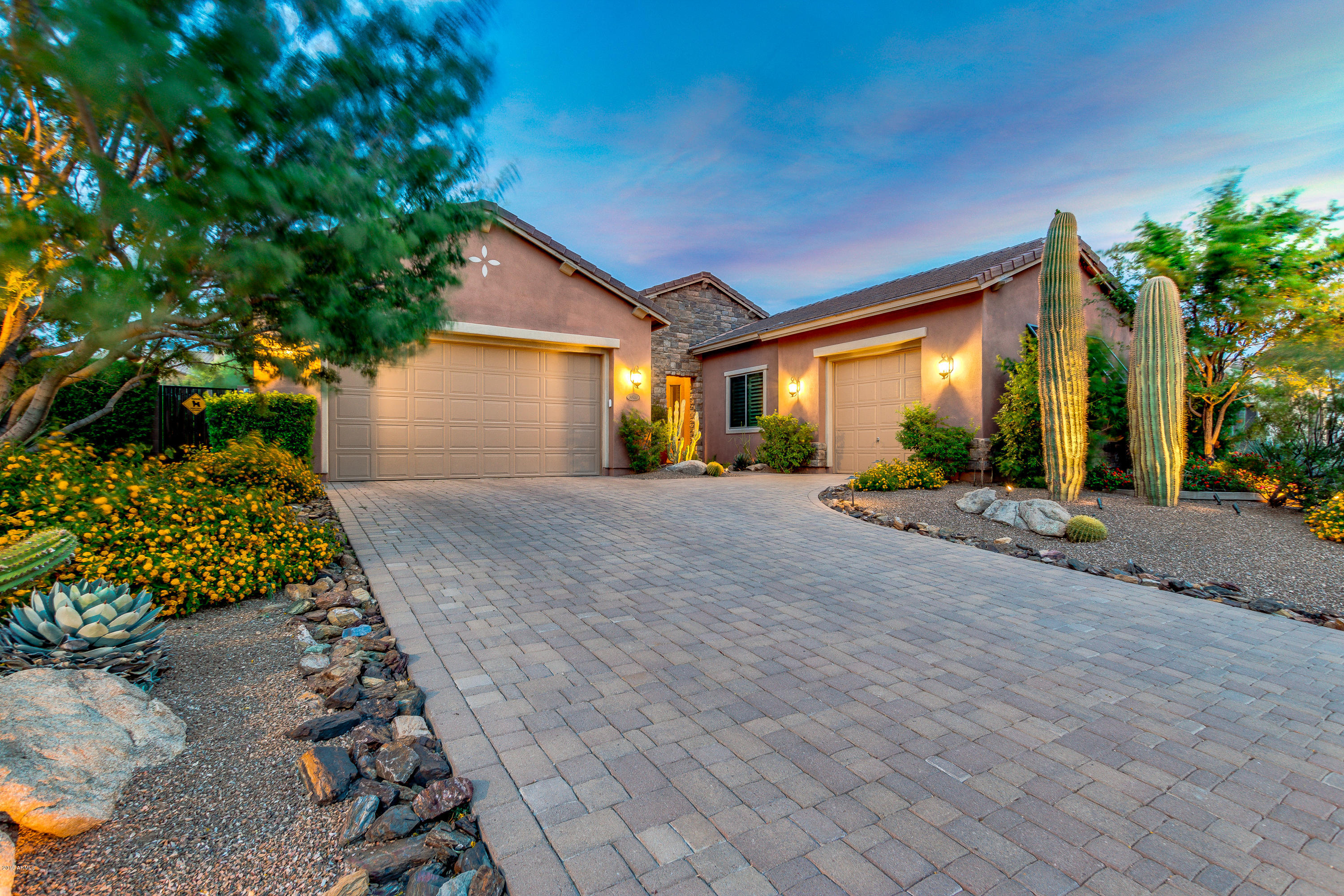 Photo of 30211 N 52ND Place, Cave Creek, AZ 85331