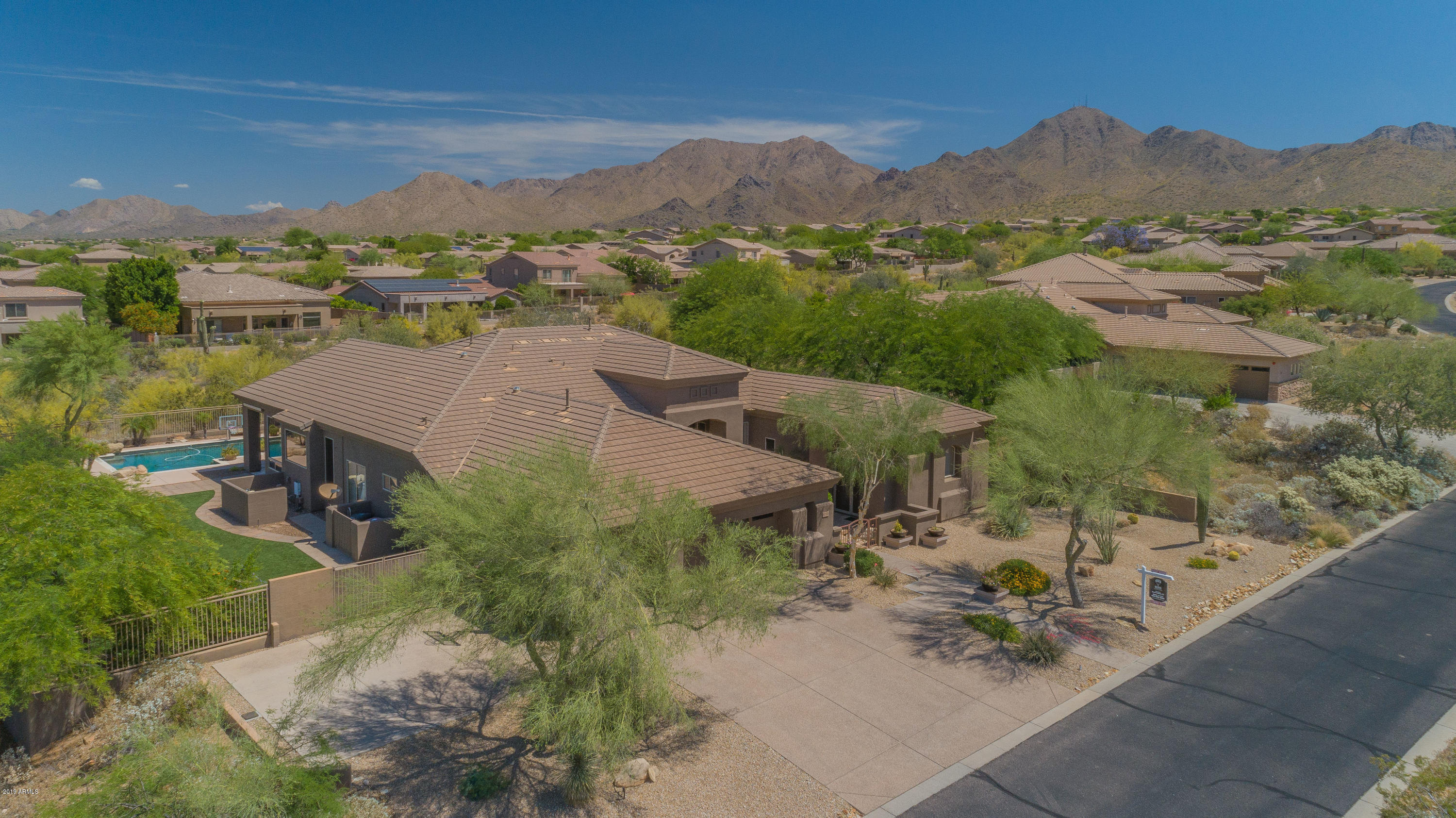 Photo of 10760 E MEADOWHILL Drive, Scottsdale, AZ 85255