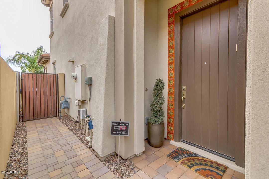 MLS 5926177 4116 S GREYTHORNE Way, Chandler, AZ 85248 Villa Del Lago