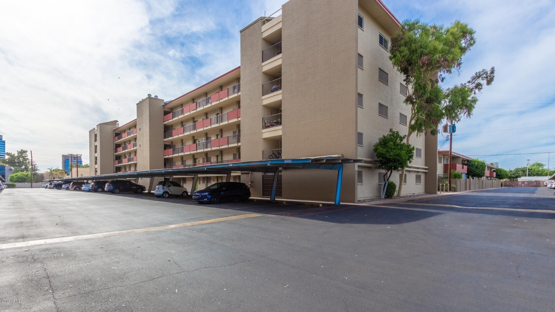 Photo of 353 E THOMAS Road #C302, Phoenix, AZ 85012