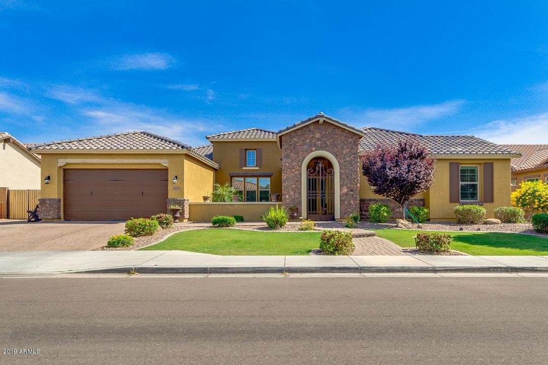 Photo of 3855 E ELLIS Street, Mesa, AZ 85205