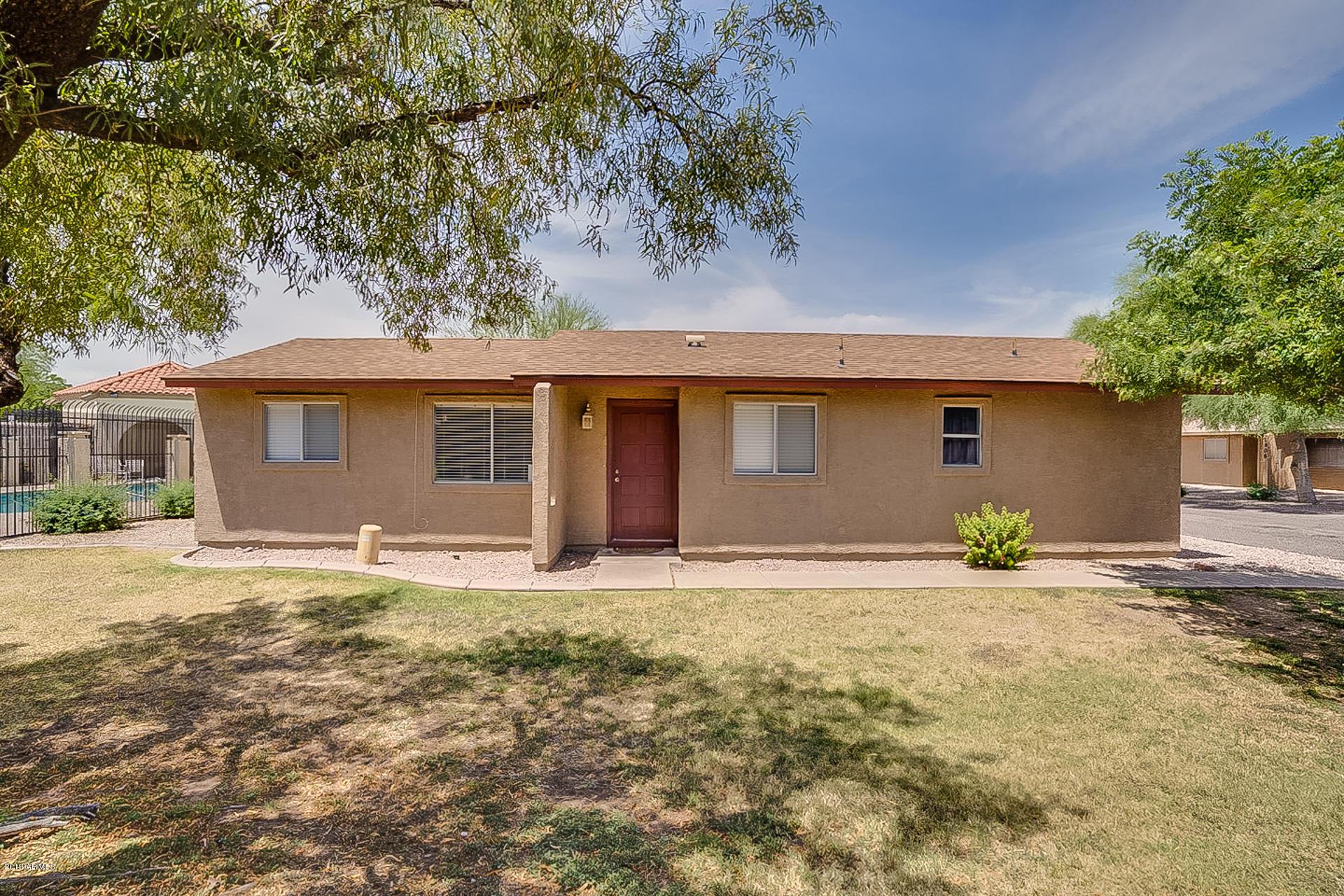 Photo of 2609 E OAKLEAF Drive, Tempe, AZ 85281