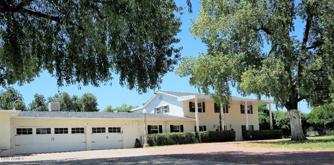 Photo of 6611 W SURREY Avenue, Glendale, AZ 85304