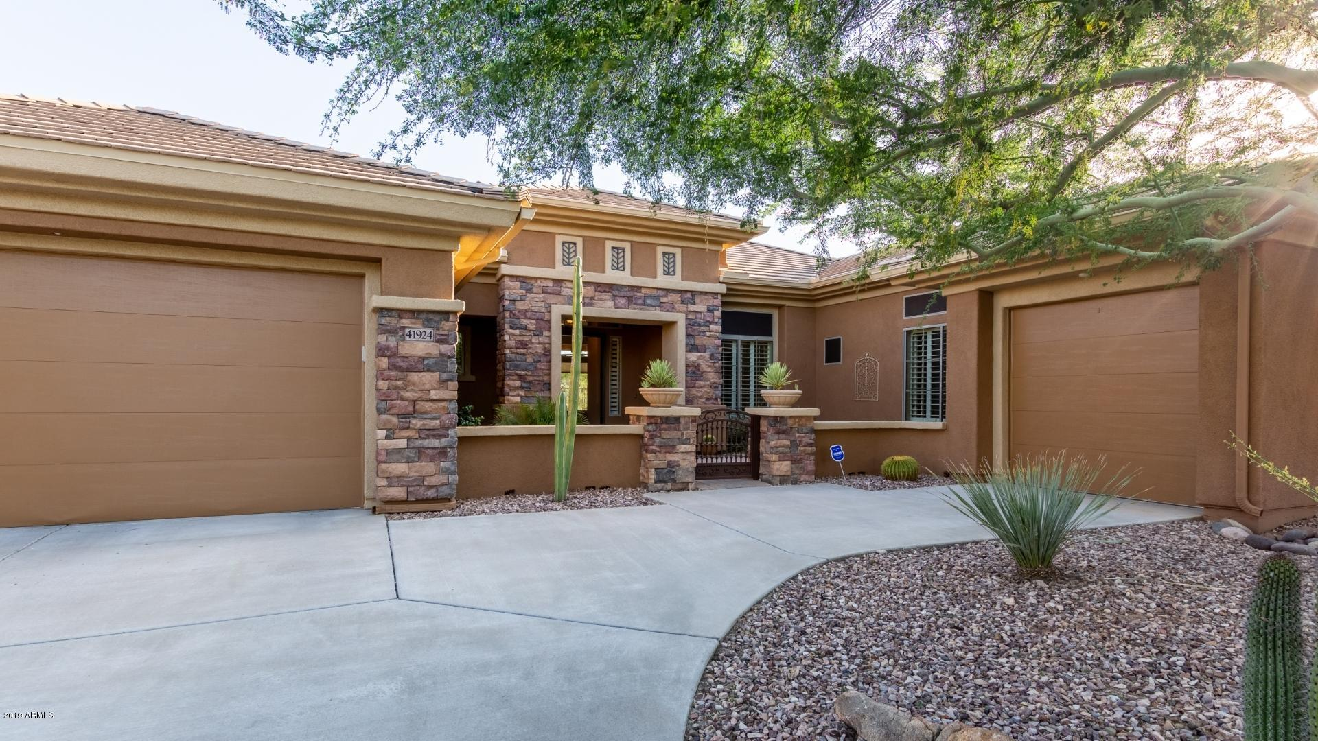 One of Anthem 3 Bedroom Golf Homes for Sale at 41924 N CLUB POINTE Drive