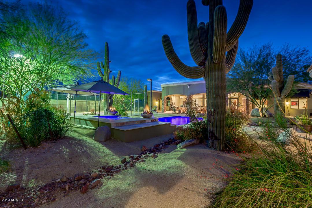 MLS 5929322 4625 E CLINTON Street, Phoenix, AZ Phoenix AZ Equestrian