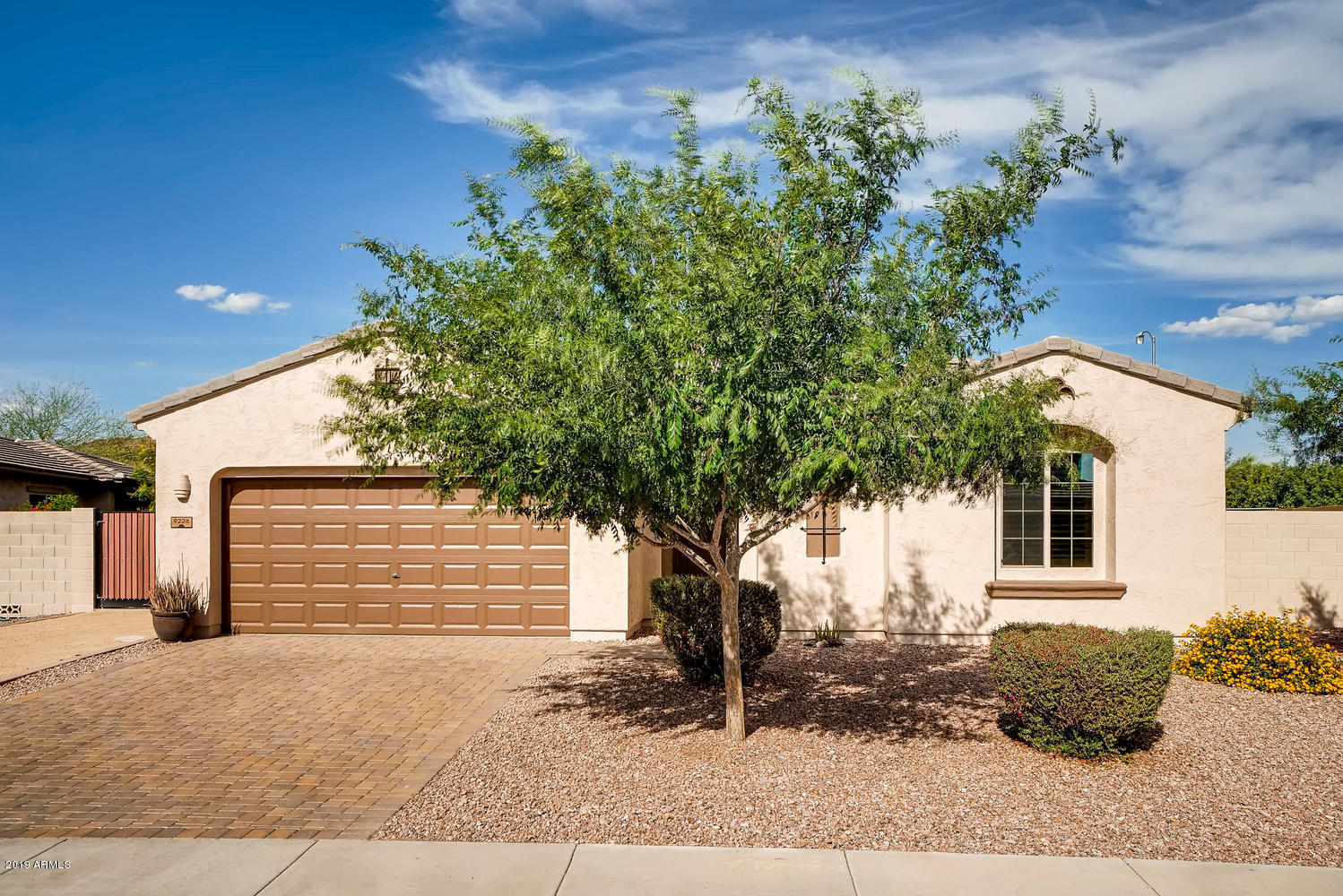 Photo of 9226 W BUCKHORN Trail, Peoria, AZ 85383