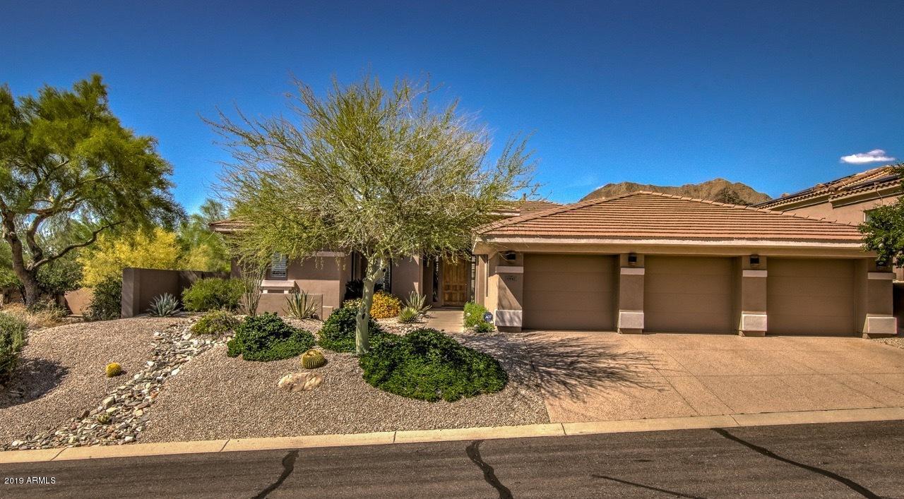 Photo of 10942 E GREENWAY Road, Scottsdale, AZ 85255