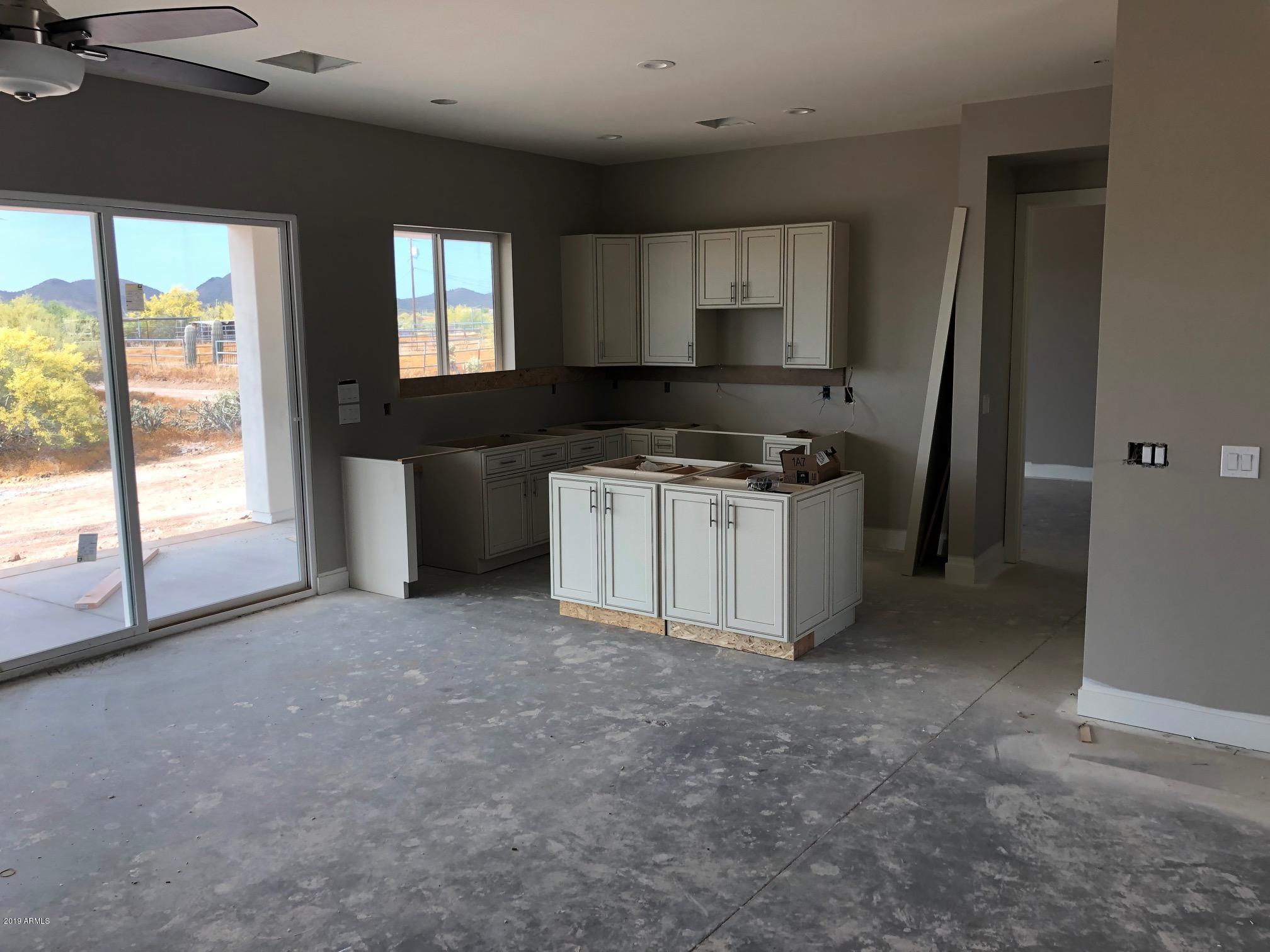 MLS 5915455 48425 N 13 Avenue, New River, AZ New River Horse Property