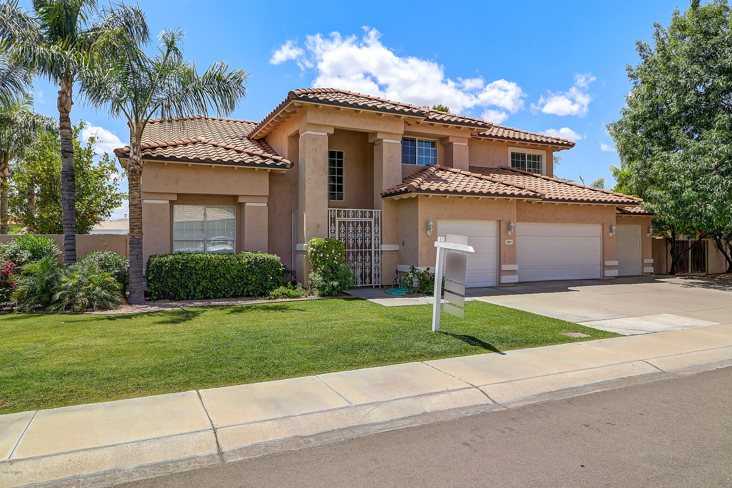 Photo of 5801 W MELINDA Lane, Glendale, AZ 85308