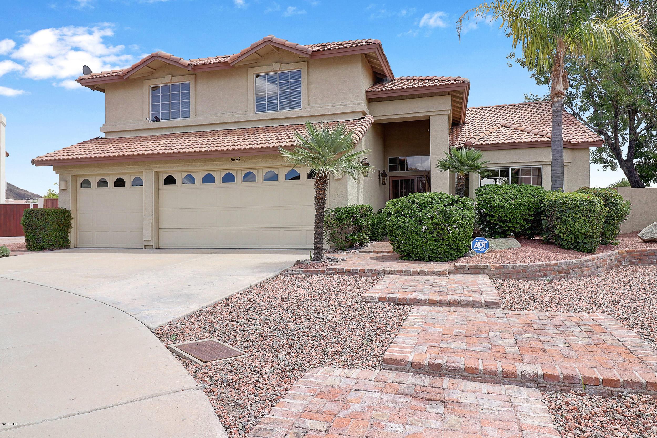 Photo of 5643 W ABRAHAM Lane, Glendale, AZ 85308