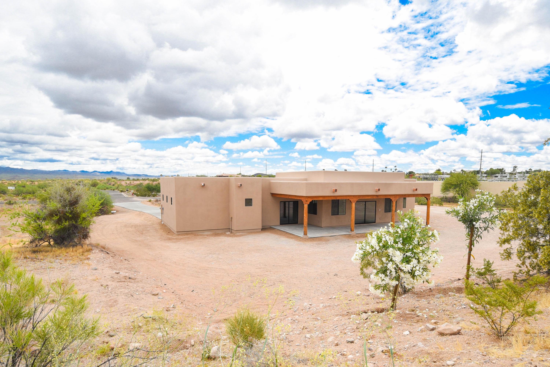 MLS 5893729 130 SHAWNEE Drive, Wickenburg, AZ 85390 Wickenburg AZ Newly Built