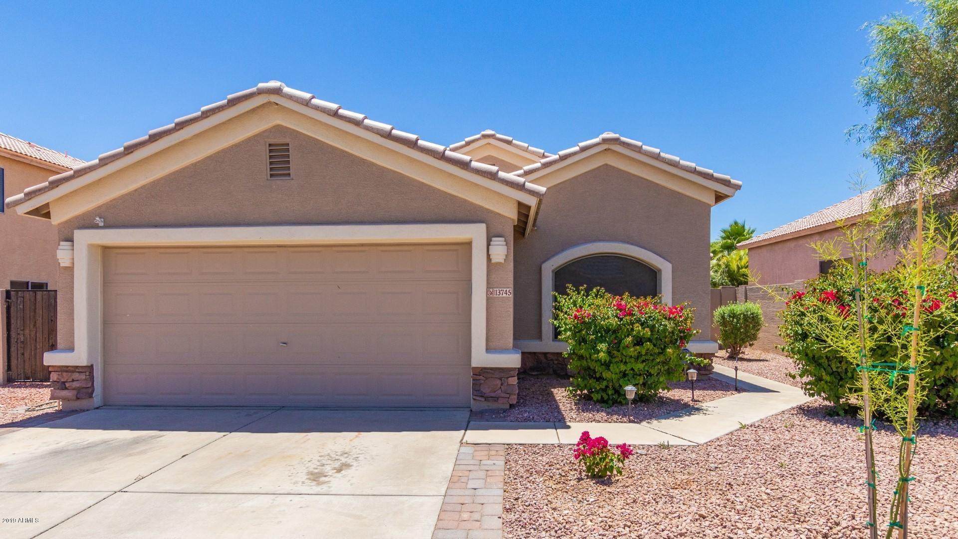 Photo of 13745 W SOLANO Drive, Litchfield Park, AZ 85340