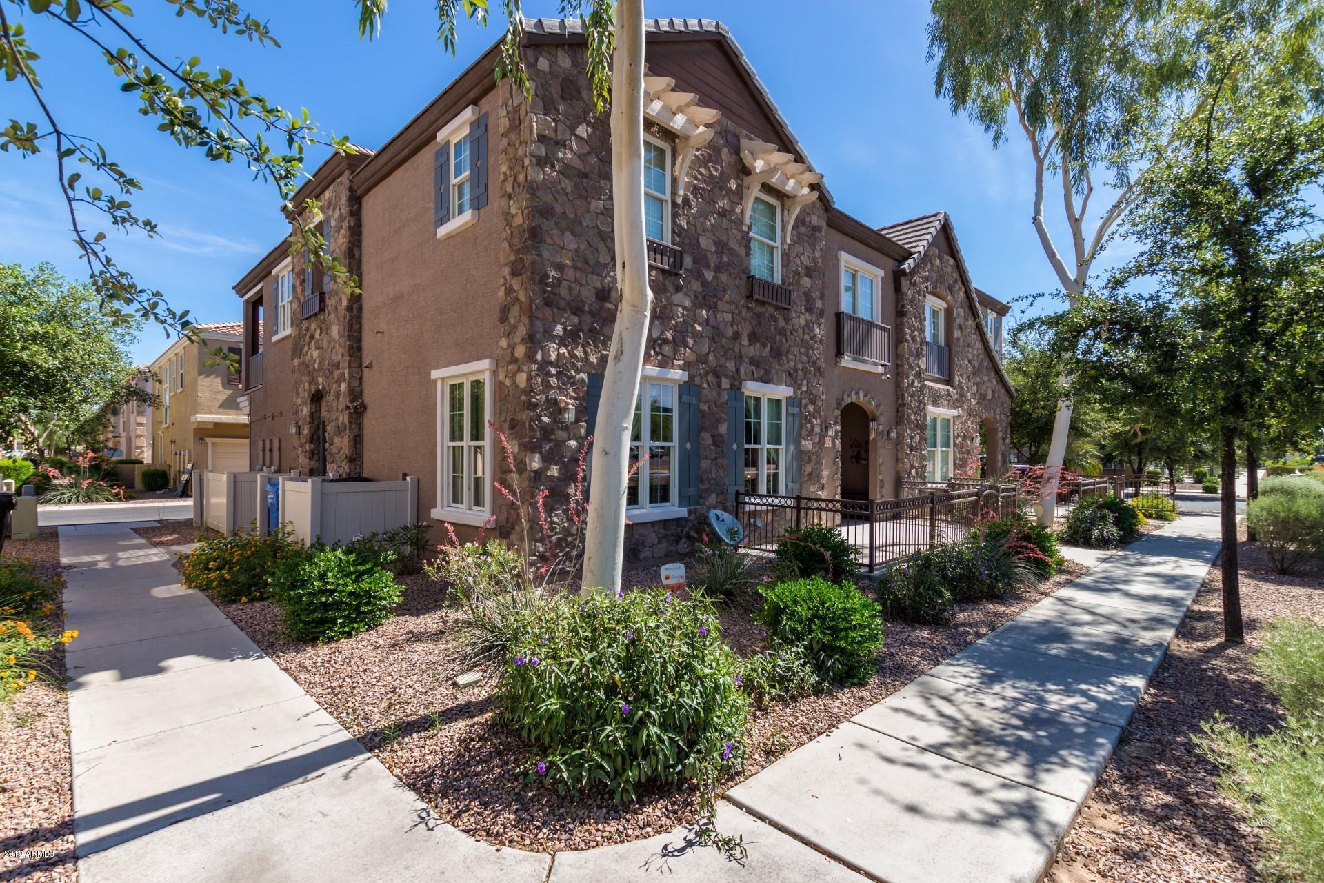 Photo of 4727 E RED OAK Lane #101, Gilbert, AZ 85297