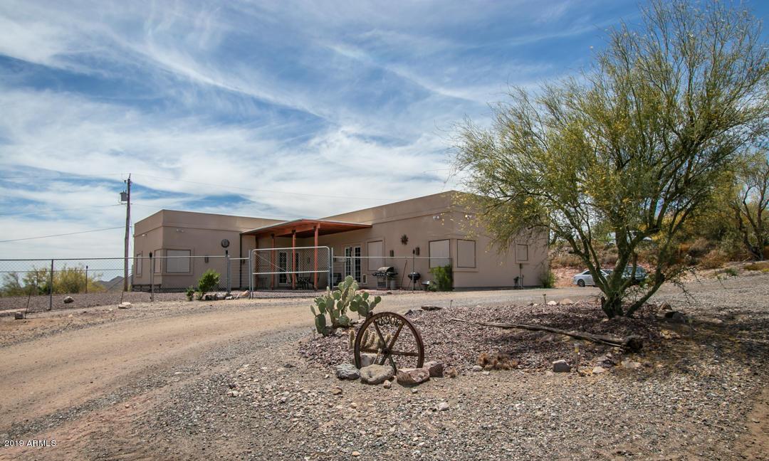 MLS 5932995 48908 N 7TH Avenue, New River, AZ New River Horse Property