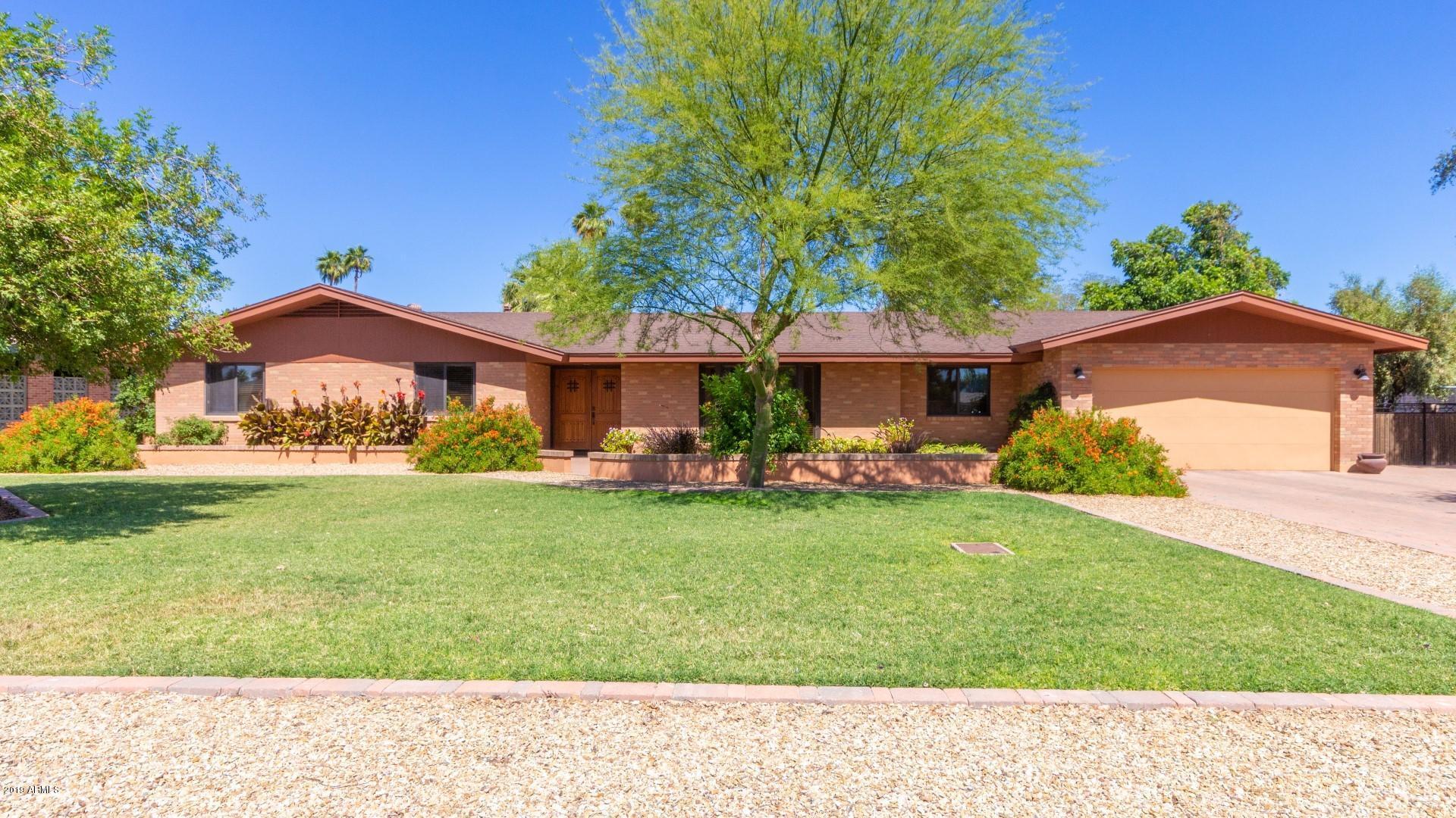 Photo of 105 N FLORENCE Avenue, Litchfield Park, AZ 85340