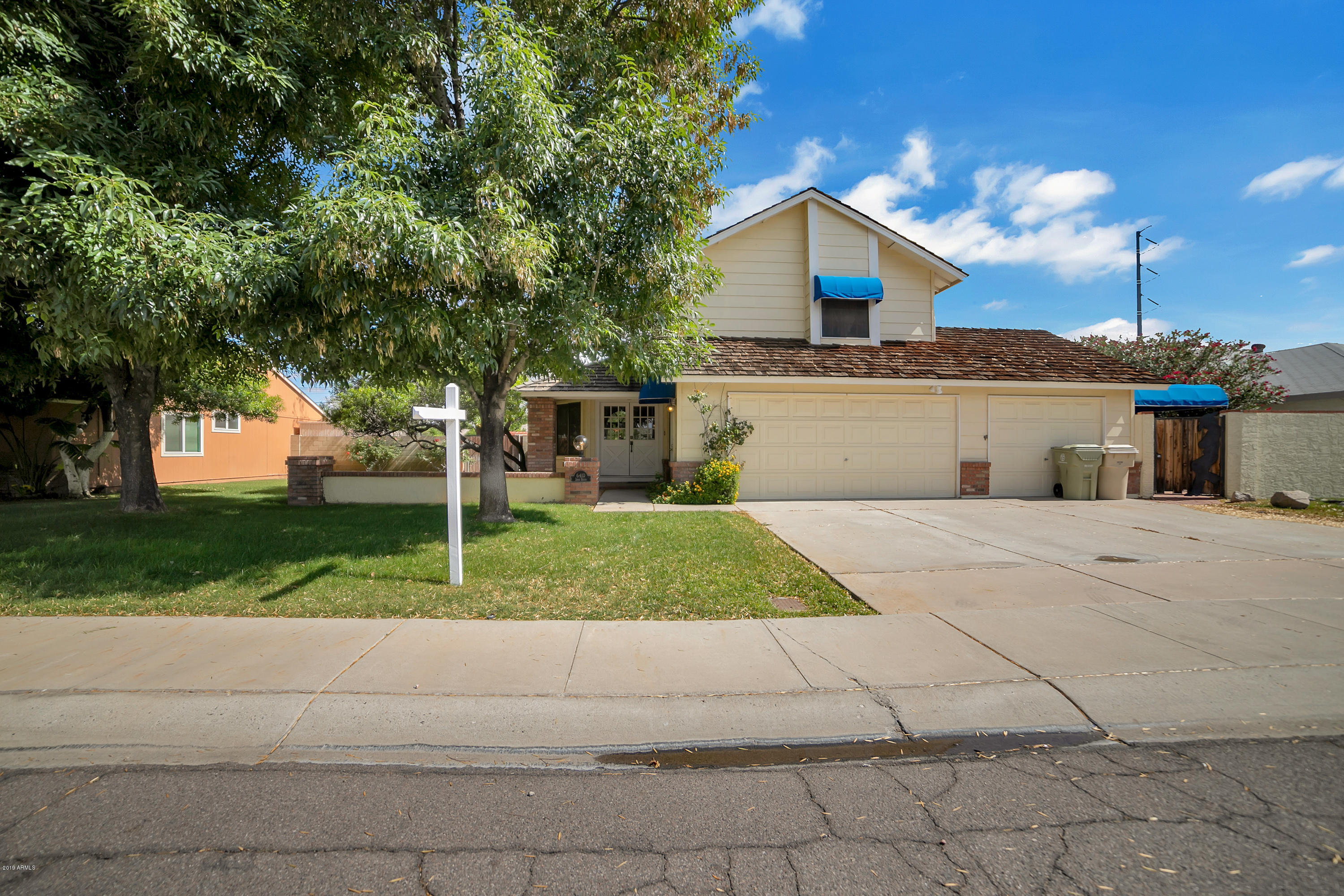 6410 SHAW BUTTE Drive