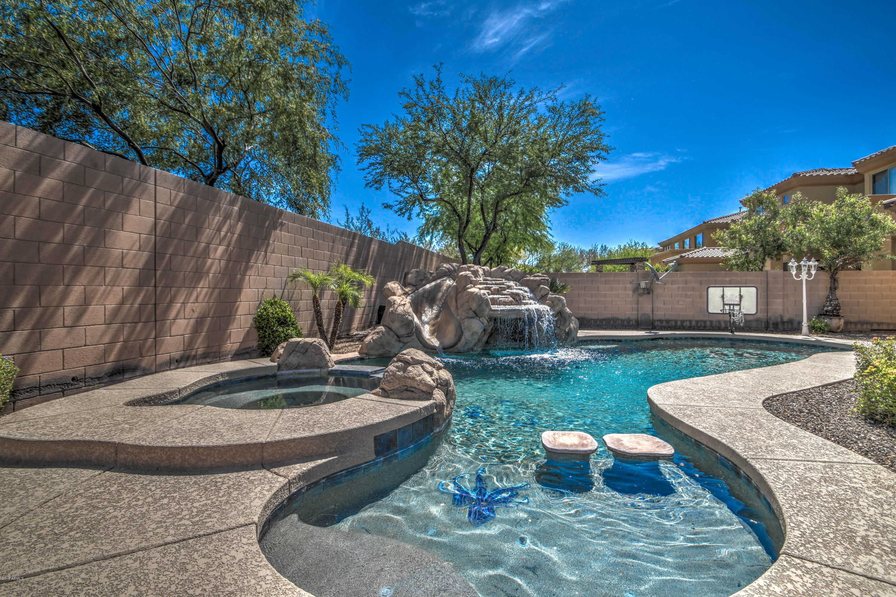 MLS 5933123 3516 E EXPEDITION Way, Phoenix, AZ 85050 Phoenix AZ Desert View